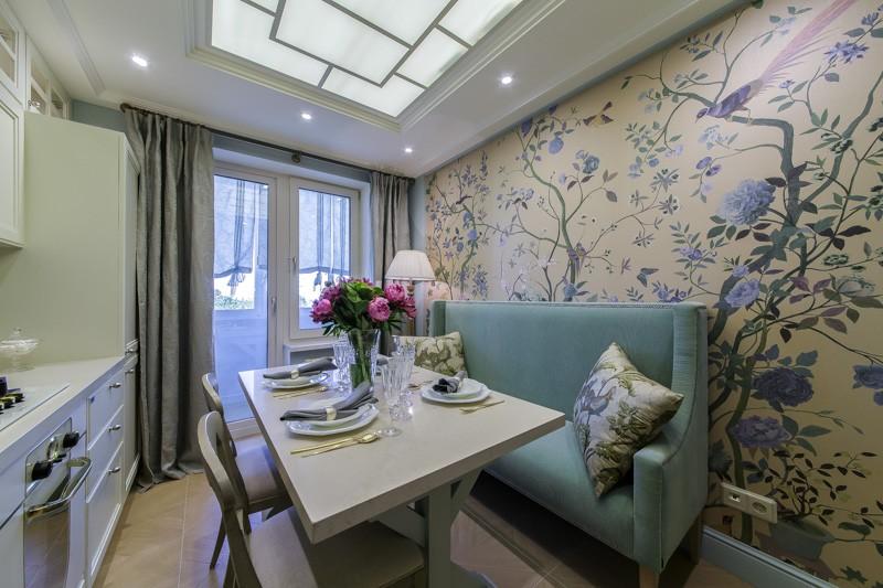 Современный дизайн кухни 10 кв.м с выходом на балкон