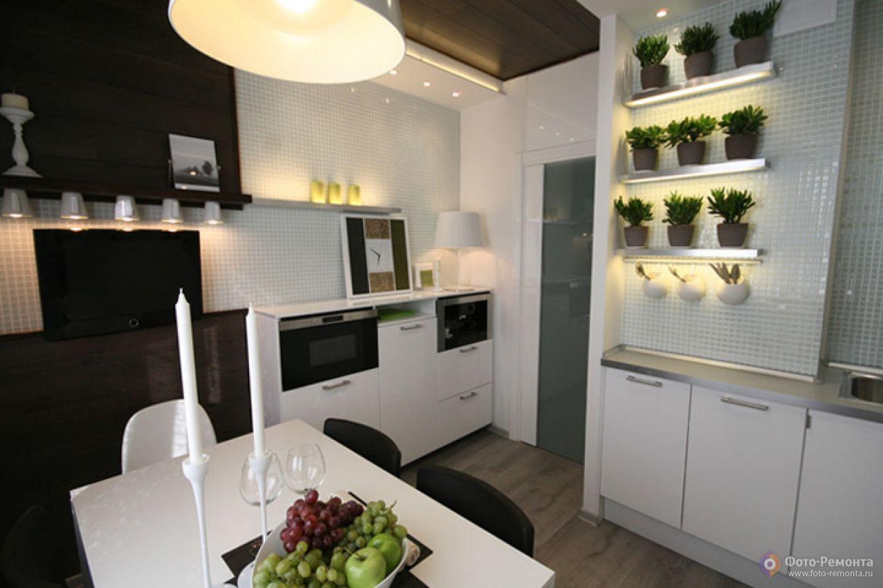 Бытовая техника на кухне 9 кв. м. в стиле хай-тек