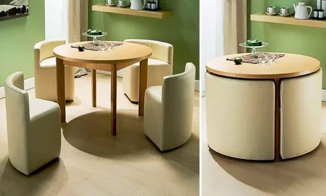 Выкатные кресла в дизайне двухуровневой квартиры
