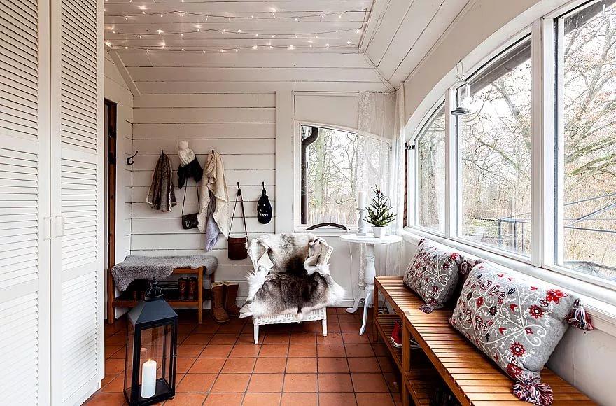 Декорирование деревянного дома в скандинавском стиле