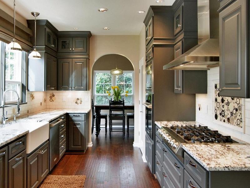 Дизайн двурядной кухни