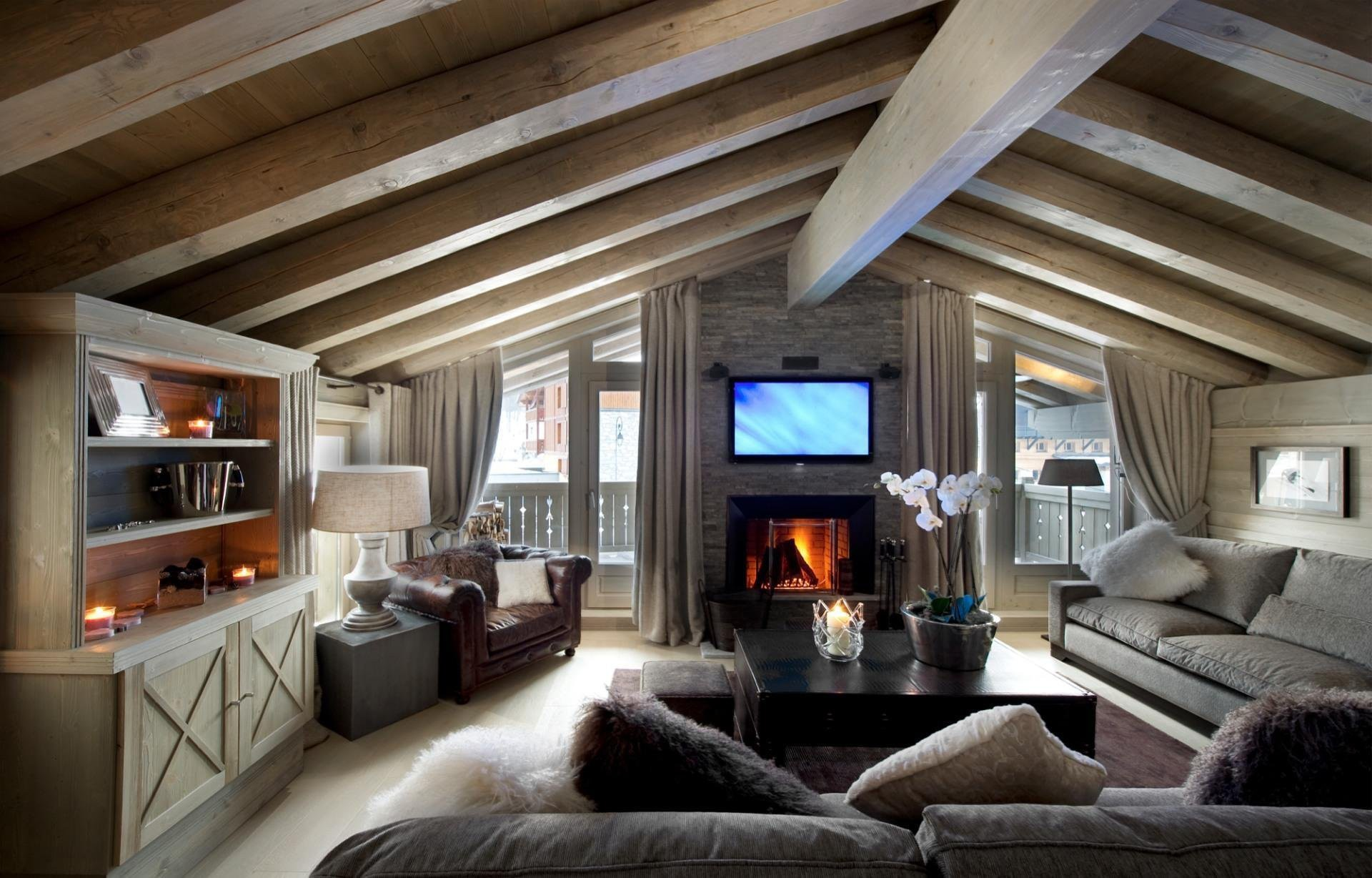 Дизайн интерьера деревянного дачного дома