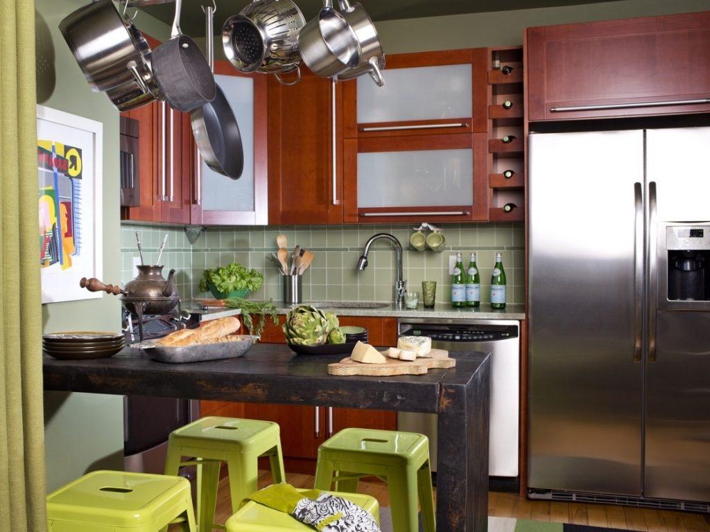 Дизайн кухни в двухкомнатной квартире брежневской постройки