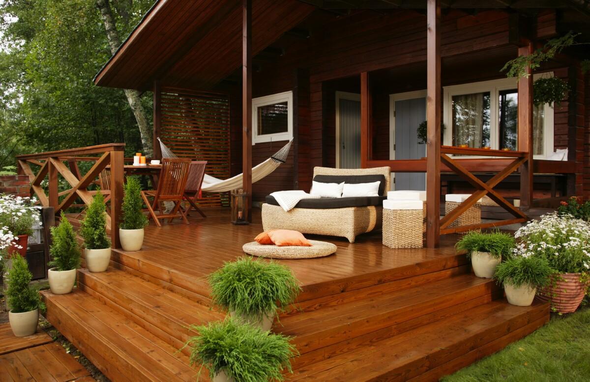 Дизайн терассы дачного дома