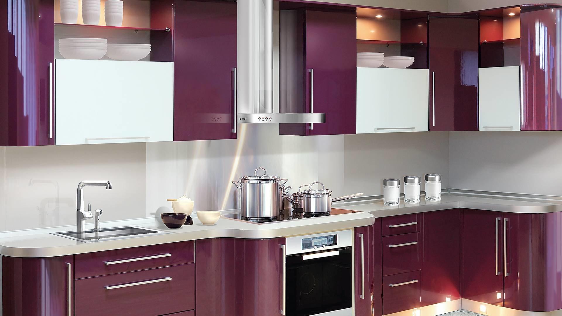 Кухонный гарнитур с фасадом из полимерного метериала