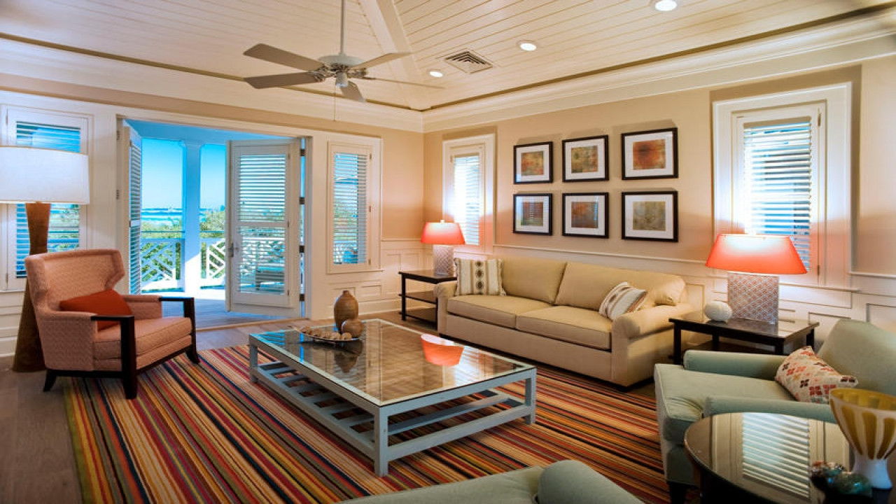 Мебелировка гостинной в котедже