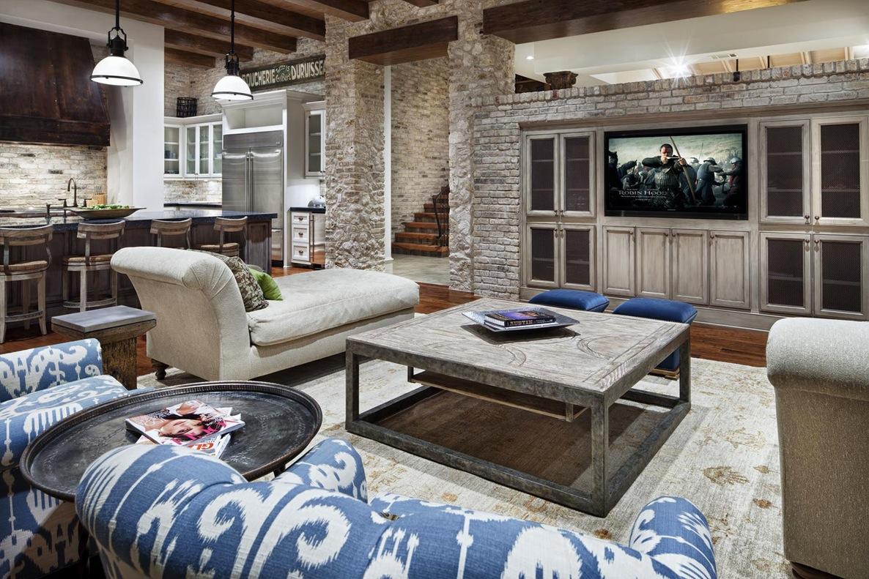 Мебель и аксессуары в котедже из дерева