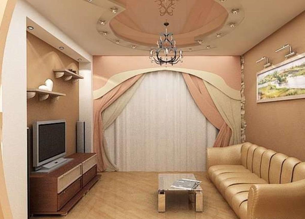 Многоуровневый потолок в интерьере маленькой гостинной