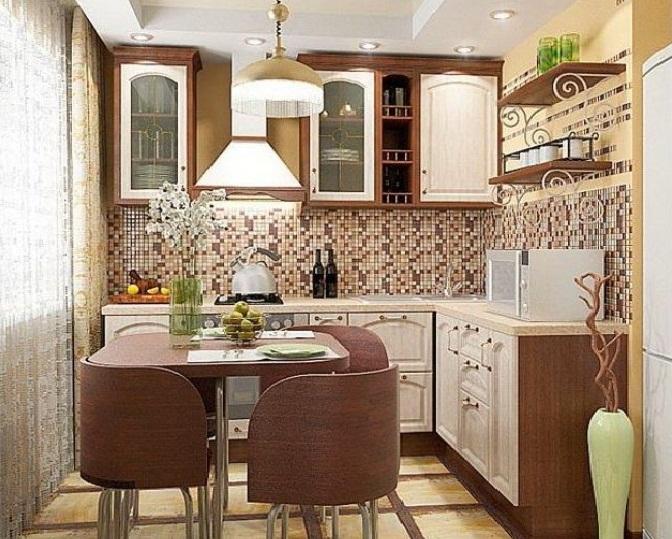 Мозаичный фартук на кухне 6 кв.м