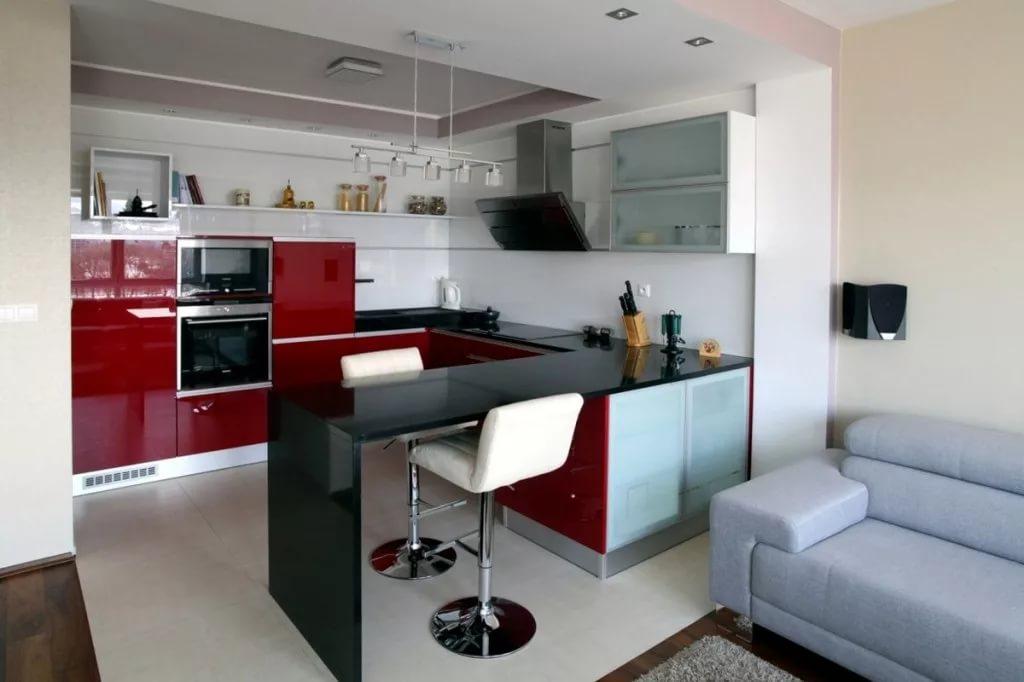 Оригинальный кухонный гарнитур для двухкомнатной квартиры