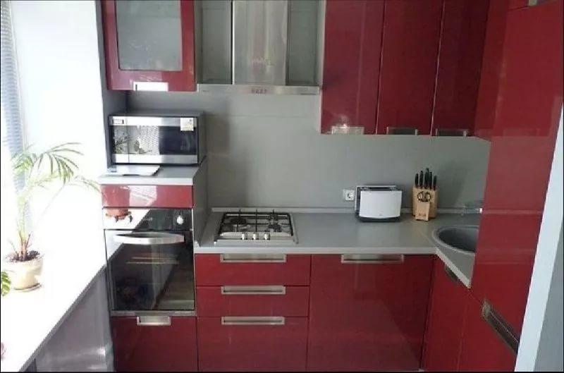 Размещение мебели на кухне 6 квадратных метров