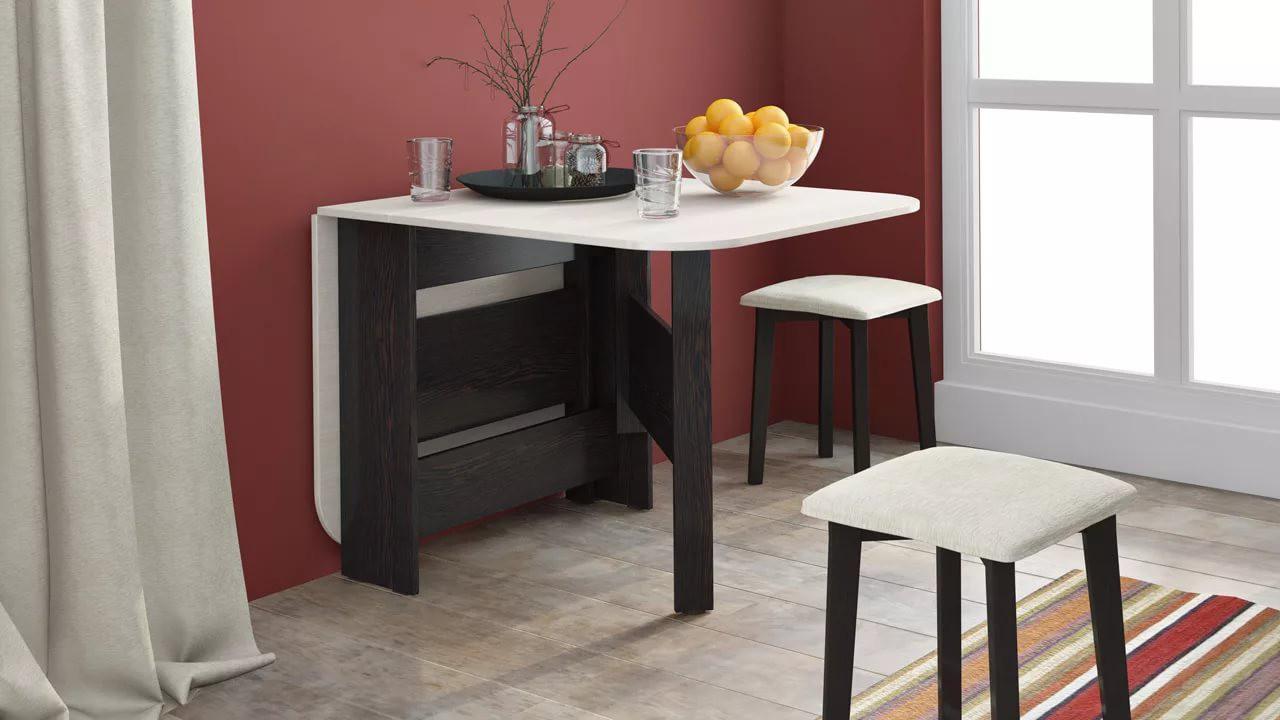 Раскладной стол на кухне 9 кв. м.