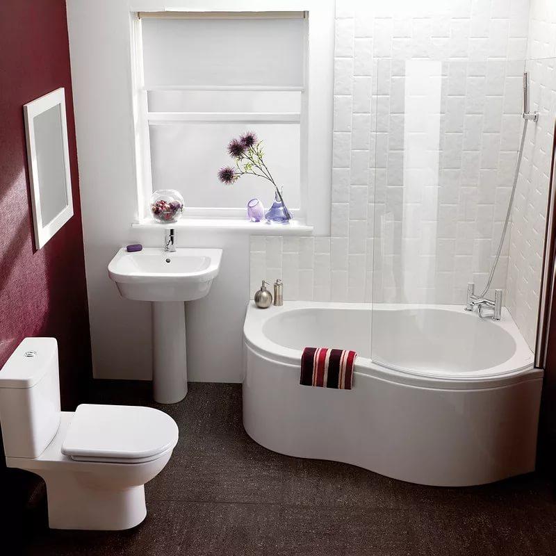 Сидячая ванна в интерьере совмещенного санузла