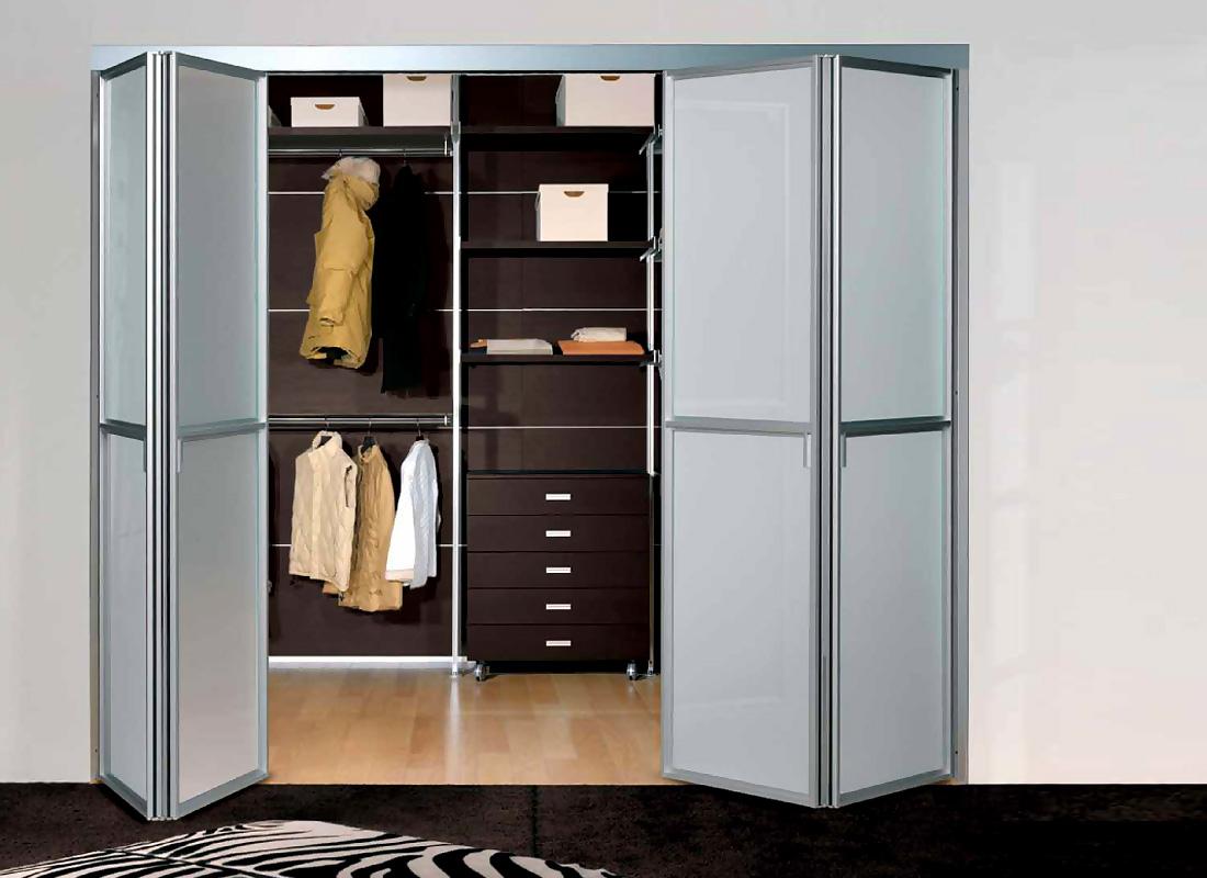 Складные двери гардеробной