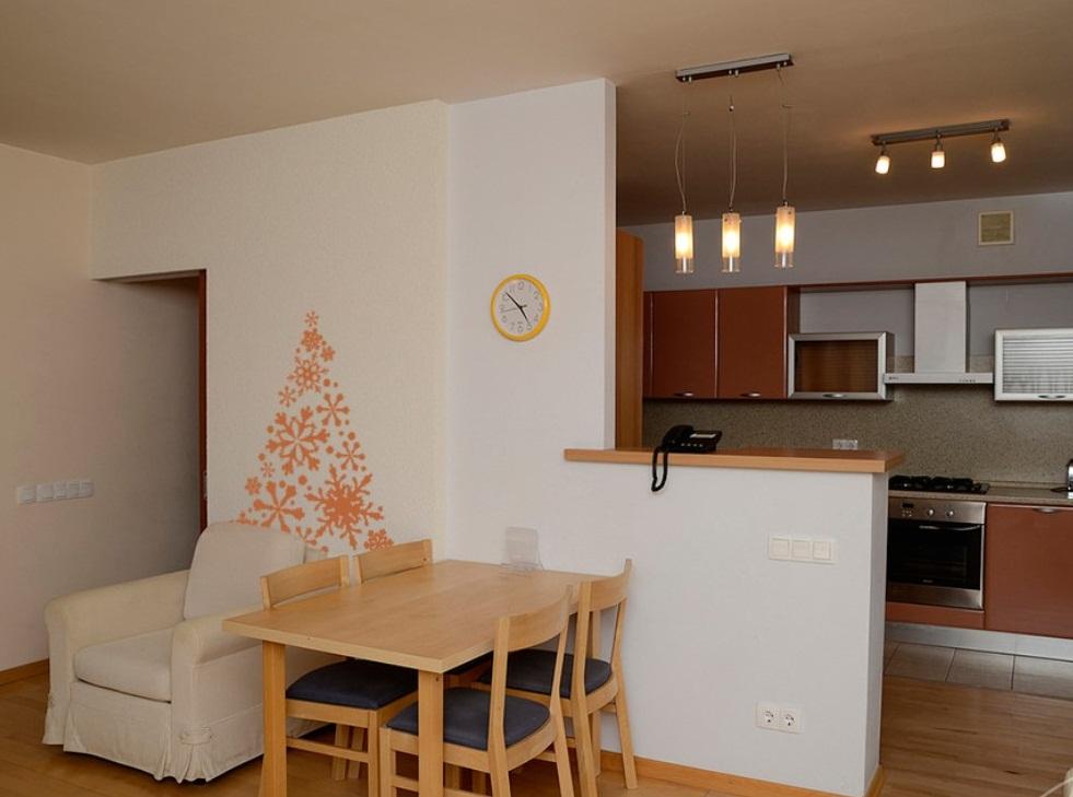 Снос части перегородки в кухне в двухкомнатной квартире