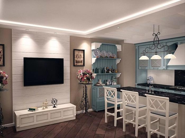 Совмещенная гостиная-кухня в стиле прованс
