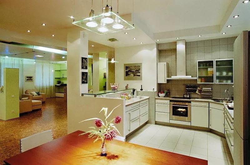 Вариант освещения кухни в однокомнатной квартире
