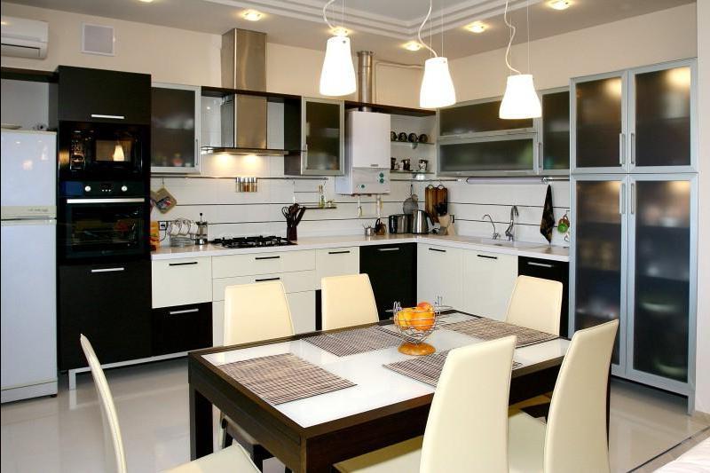 Вариант освещения на кухне 10 кв.м
