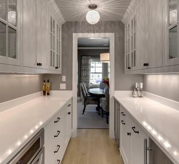 Вариант оформления кухни в корридоре в однокомнатной квартире