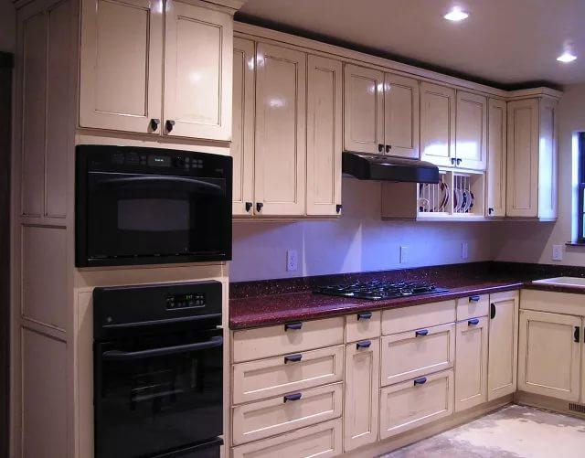 Встроенная бытовая техника на кухне 10 кв.м