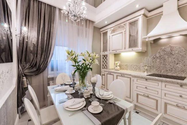 Кухна 10 кв.м. оформленная в классическом стиле