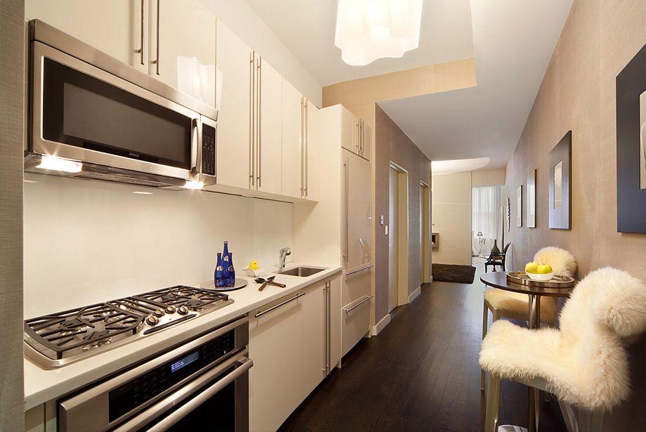 Кухня в корридоре однокомнатной квартиы