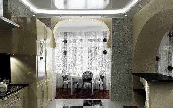 Кухня-студия с балконом