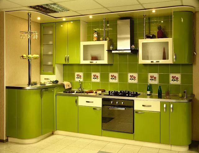 Кухня 10 кв.м. в зеленых тонах