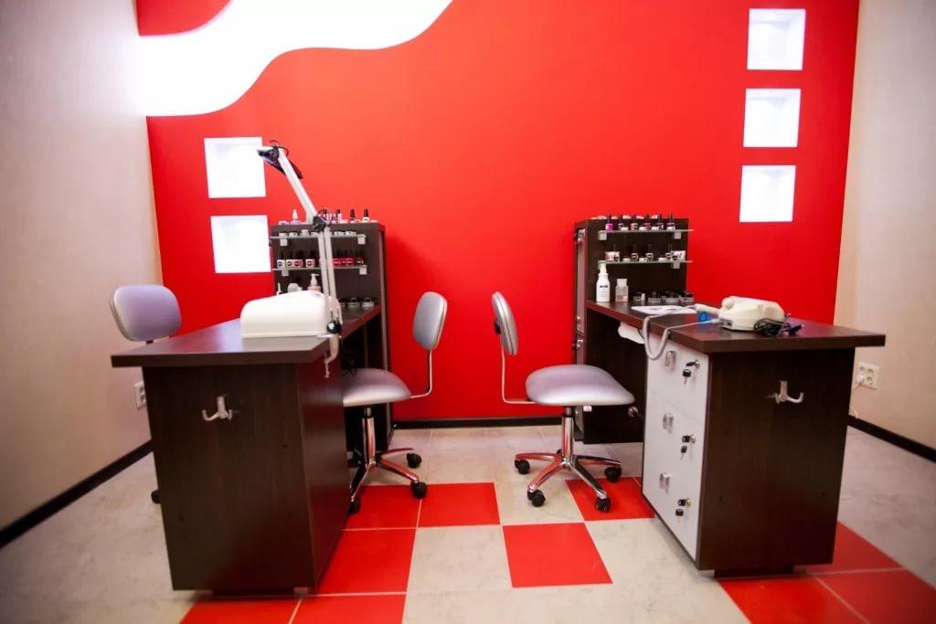 Маникюрный кабинет в салоне красоты