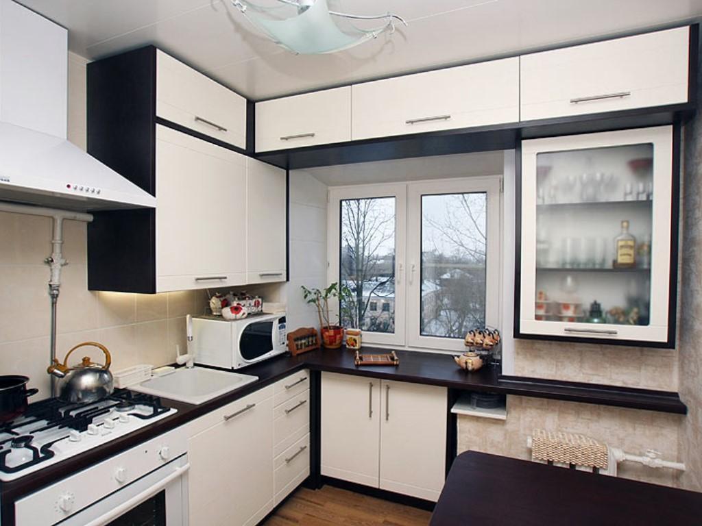 Мебель на заказ для кухни в малогабаритной квартире