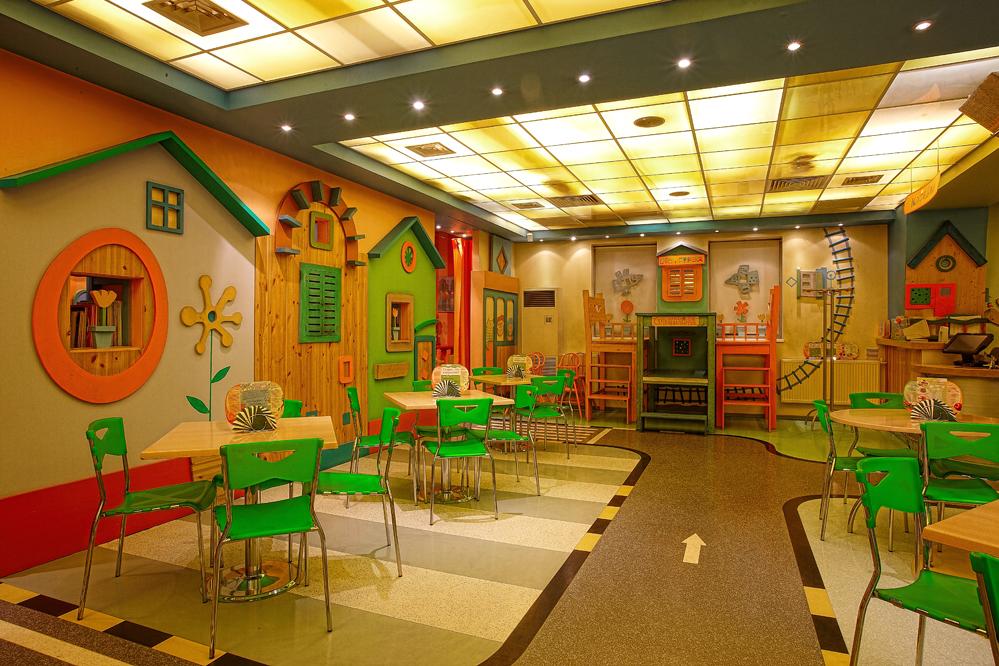Меблировка детского кафе