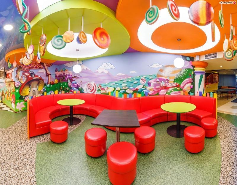 Оригинальня мебель для детского кафе