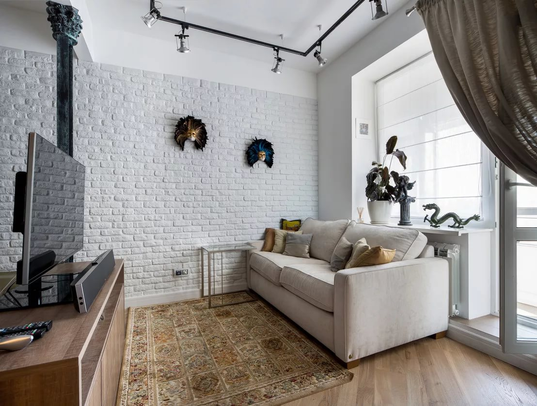 Потолок в стиле лофт в малогабаритной квартире