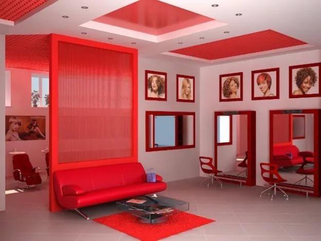 Салон красоты в красных тонах